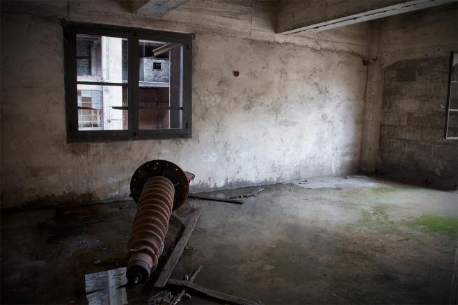 La sala marrón